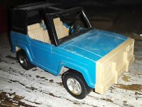 Vintage Tootsie Toy  Ford Bronco Blue Metal 6in. Truck Vehicle Toy