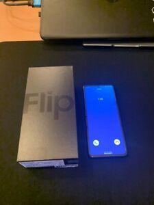 Samsung Galaxy Z Flip Foldable New & Sealed Box 256GB Factory Unlocked DHL