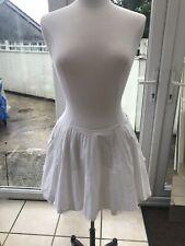 Jones + Jones White Pleated Skirt Lined With Net Detail Size 12