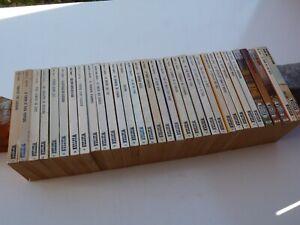 Lot de 33 livres WESTERN n° 2 -3 -17   années 70 collection Le Masque