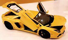 AUTOart 1:18 Lamborghini Aventador LP700-4 Giallo Orion / Metallic Yellow MINT