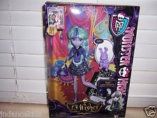 Monster High TWYLA 13 Wishes Doll With Pet Bunny Dustin New In Box