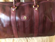 ETIENNE AIGNER BURGUNDY X-LARGE TRAVEL OVERNIGHT DUFFEL VINTAGE BAG