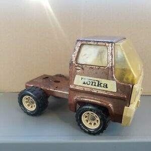 TONKA TRUCK FOR PARTS OR RESTORATION