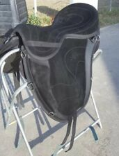 FREEFORM CLASSIC SUEDE TREELESS SADDLE -- Great condition!!