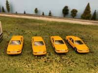 Checker and Yellow Cabs Chevrolet Caprice Taxis quantity 4