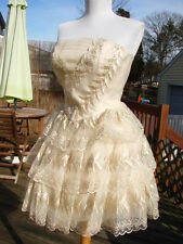 NWT AUTHENTIC BETSEY JOHNSON LEAF WING CREAM ORGANZA TIERED DRESS~SZ 8 **SALE**