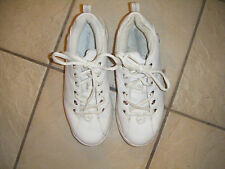 WOMENS SZ11 WHITE LEATHER CONVERSE ATHLETIC SHOES