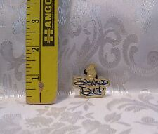 Walt Disney 2004 TRADING GOLDTONE DONALD DUCK TRADING Hat Lapel Pin Badge