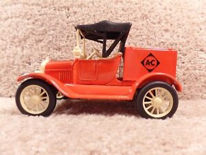 """ERTL 1/25 Scale Diecast Replica 1918 Ford Model """"T"""" Runabout Allis Chalmers"""