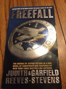 Freefall Judith & Garfield Reeves-Stevens Paperback Ships N 24h