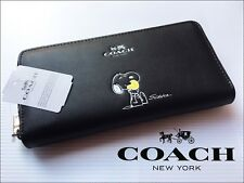 Snoop Peanuts Black Leather Women's Wallet F53773 with Box!!