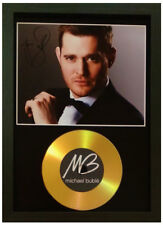 MICHAEL BUBLE SIGNED PHOTOGRAPH GOLD CD DISC DISPLAY COLLECTABLE MEMORABILIA