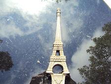 Coupe papier métal tour Eiffel 1889