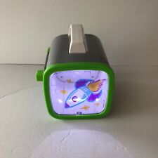 Crayola Picture Projector Ages 5+ Includes 3 Markers, Nightlight, Flashlight