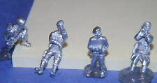 SHQ BP60 1/76 Diecast WWII British SAS Troopers Looking at Maps (fits JP8)