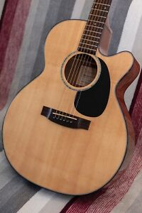 Takamine EG440SC solid top electro-acoustic guitar