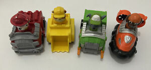 Paw Patrol Mini vehicles and figures