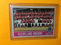 CLEVELAND INDIANS 1976 TOPPS TEAM CARD Frank Robinson MGR Checklist #477