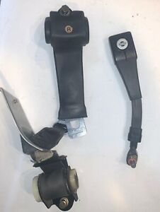Complete Right Factory Seat Belt off 1978 Datsun 280Z. Nice  —-T2—
