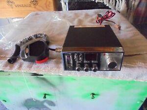 RARE VINTAGE 1970S  NEW OLD STOCK CB RADIO
