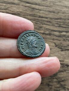 ROMAN BRITAIN. ALLECTUS (293-296 A.D). BRONZE QUINARIUS.