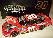 Tony Stewart 2007 Home Depot #20 Monte Carlo SS Joe Gibbs Racing 1/24 NASCAR New