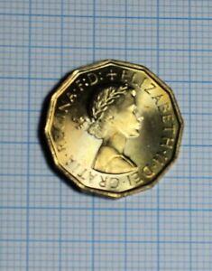 1967 UNCIRCULATED 3d piece threepenny bit nice keepsake