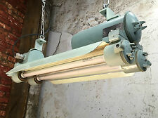 VINTAGE INDUSTRIAL LIGHT - FLAME PROOF STRIPLIGHT WITH SHADE & GLASS TUBES
