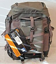 NWT LOWEPRO PRO TREKKER 300AW CAMERA BACKPACK BAG NEW
