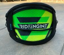 RIDE ENGINE KITE WAIST HARNESS HARDSHELL SMALL S INC  HOOK