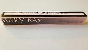 Mary Kay Facial Highlighting Pen - Shade 3 - New in box - Free Shipping
