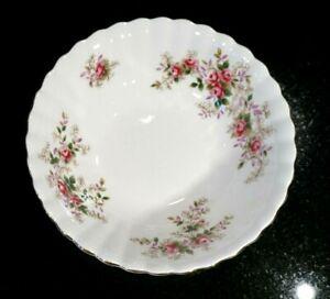Beautiful Royal Albert Lavender Rose Cereal Bowl