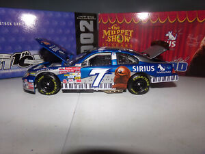 1/24 CASEY ATWOOD #7 SIRIUS / MUPPETS 25TH ANNIV. 2002  ACTION NASCAR DIECAST