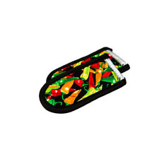 Lodge 2HHMC2 Hot Handle Holders/Mitts, multi-color Peppers, Set of 2