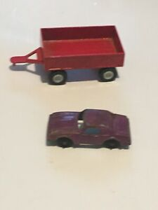 Vintage Small Tootsietoy Die-Cast Red Trailer Wagon Farm Equipment + Monza