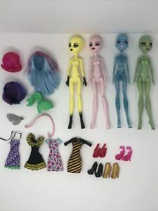 Monster High Create A Monster CAM Skultimate Doll Set