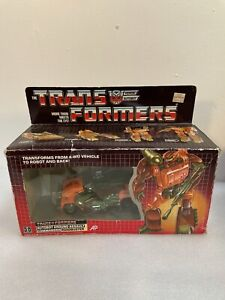 TRANSFORMERS G1 ROADBUSTER 1985 COMPLETE W/ BOX INCLUDES ALL INSERTS ACCESSORIES