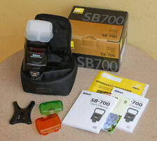Nikon SB-700 AF Speedlight Flash Unit Strobe in box with case and accessories
