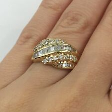 Hand Ring in 14k Gold F-G Si1-Si2 0.80 Ct Baguette Cut Diamond Channel Set Right