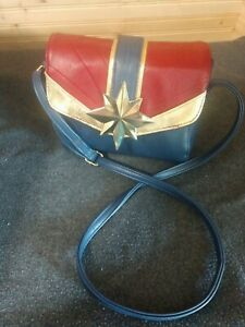 Wonder Woman Magnetic Closure Loungefly Crossbody Faux Leather Purse Bag