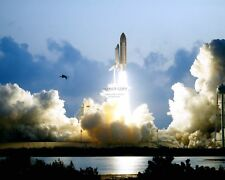 MAIDEN FLIGHT OF SPACE SHUTTLE ENDEAVOUR STS-49 LAUNCH - 8X10 NASA PHOTO (CC633)