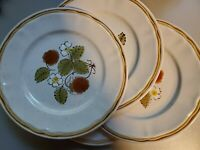 "Lot Of 4 Hearthside Americana Japan Stoneware - BERRIES'N CREAM - 7 1/2"" Plates"