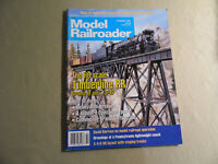 Model Railroader Magazine / October 1995 / Free Domestic Shipping