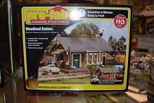 HO Woodland Scenics Pre-fab Building kit 5187 * Woodland Station * NIB