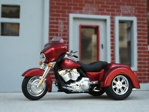 Harley-Davidson 2013 Trike Motorcycle 1/24 Scale G Scale Diorama Accessory Item