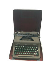 VINTAGE 1950'S ROYAL QUIET DE LUXE PORTABLE TYPEWRITER GREEN KEYS CASE WORKS