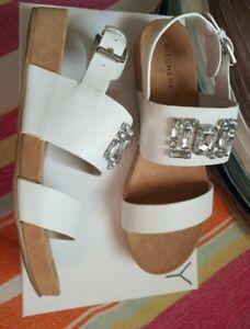 WITCHERY ❤❤❤ gigi embellished white LEATHER sandals size 38/7 new RRP $129.95