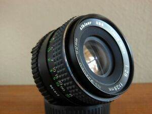 Vintage Albinar ADG 28mm f/2.8 Lens - Manual Focus Minolta MD Mount
