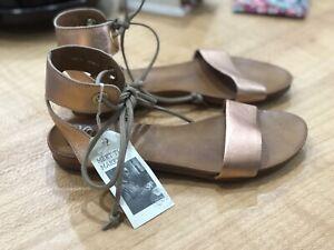 Eos Rose Gold Lory Sandal Size 39 Bnib